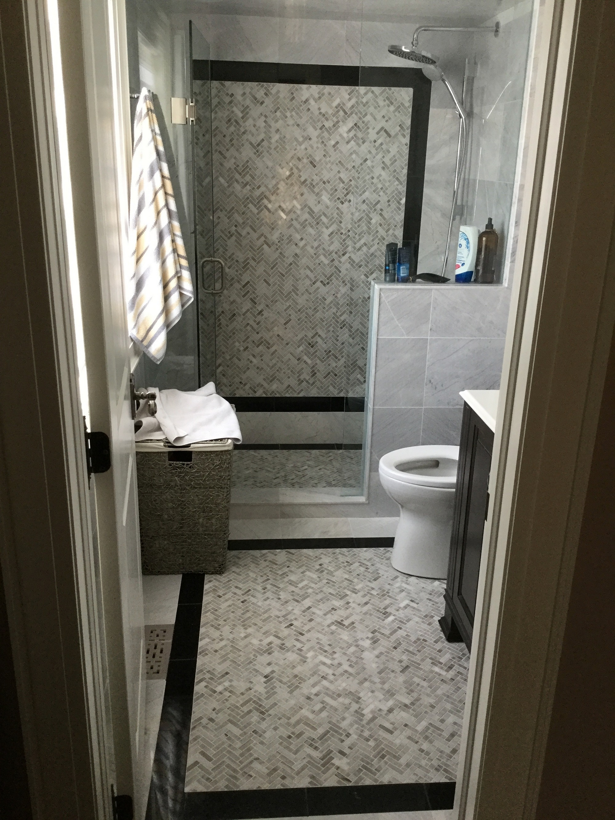Professional tiling namer contracting tile floors arent just practical in high traffic areas they can also add value and create beauty to an existing room many people choose tile floors ppazfo